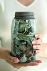 20120501005348-money-jar