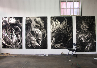 20120502024517-studio_shot