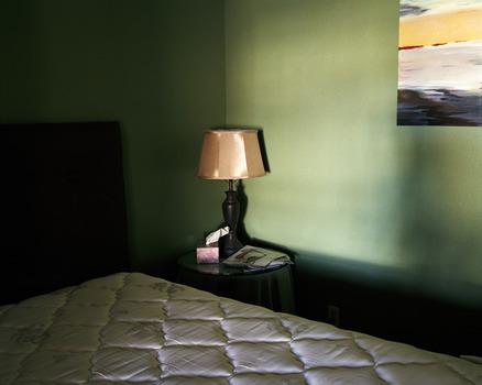20120514101511-8_bedroom