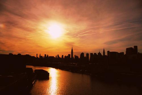 20120522003347-sunset_on_nyc