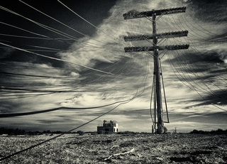 20120601181637-mickeystrider_powersout_photography_1_