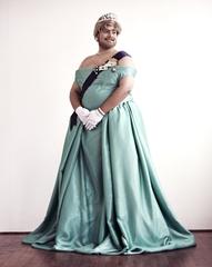 20120608143605-queen