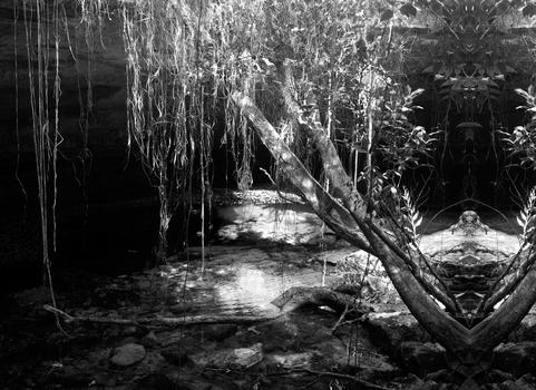 20120620045014-chantelames_c_underwater_burial