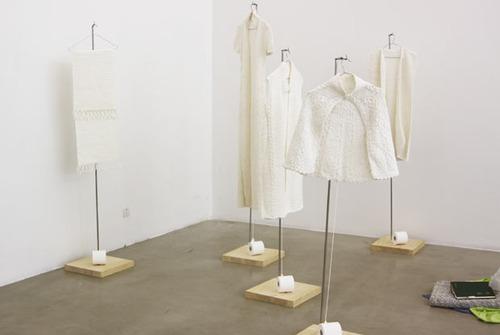 20120704005518-wang-lei_hand-woven-toilet-paper_big