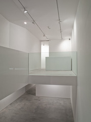20120704115320-front-of-gallery-11