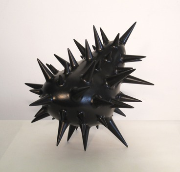 20120718215323-black_spikey_thingsm