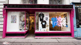 20120720180357-storefront_web