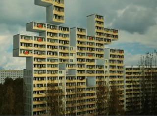 20120721235710-still_berlin_block_tetris_web