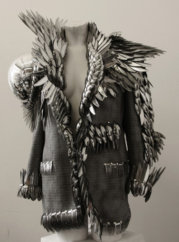 20120806082511-aa_gladiator_jacket__8557