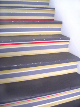 3710611308__stairs__tape__paint_