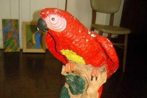 20120826015704-parrot20
