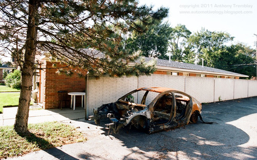 20121003022421-detritus_detroit_anthony_tremblay_fine_art_photography_automobile_culture_sociology_ethnography