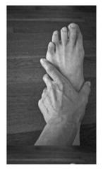 20121015012827-handfootdeb3321