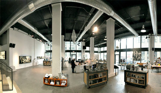 20121018190425-powerhouse-arena_dumbo_brooklyn_nyc