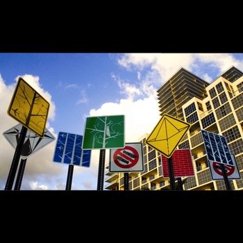 20121022013216-pedestriart_midtown