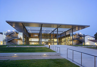 Csuci_library_gallery