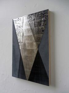 20121102000045-mochizuki_-untitled_-9-15-12_-2012_-clay-dye-based-ink_-palladium-leaf-and-gesso-on-board_-10-x-10