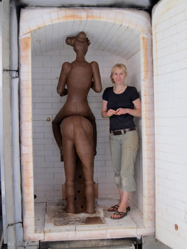 20121102052829-gerit_grimm_with_lady_godiva_in_kiln_super_man