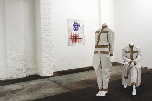 20121108151636-alexandrahopf_2012_aprivatecollection_exhibitionview4a_web