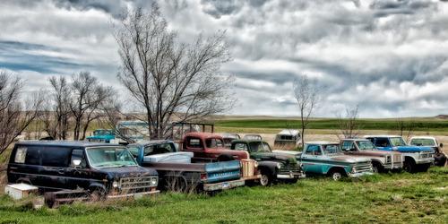 20121118201626-fleury_cynthia_vintage_car_graveyard