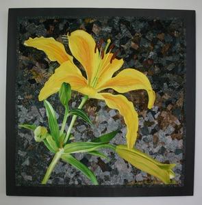 20121121172159-yellowlily