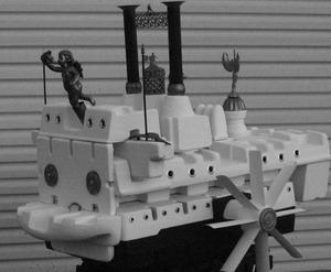 20121130155632-riverboatblackwhite