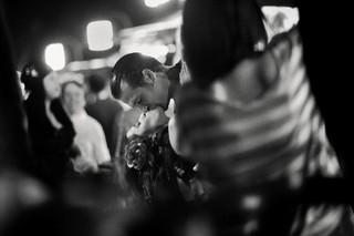20121201015327-julia_the_kiss
