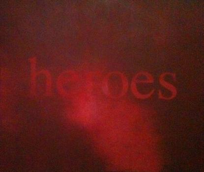 20121220100438-heroes_rouge_site