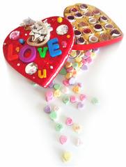 20121222003710-love_feeding_final-1