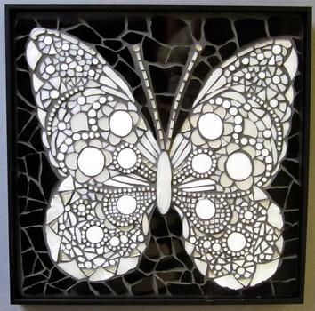 20121223024611-miss_butterfly_elizabeth_grindon