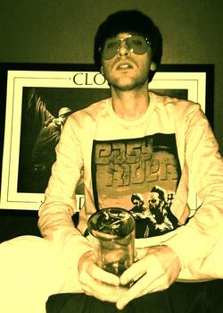 20121224092344-glasses_easy
