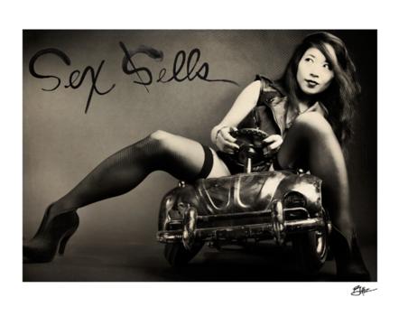 20130122020755-sex_sells_2012