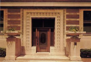 20130126175952-front_door