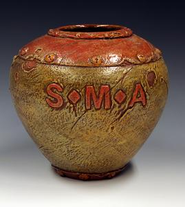 20130213215614-sma-vase-1w