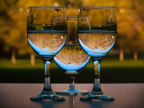 20130216165014-3glasses