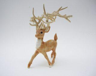 20130223024344-05-broz-trophy-buck