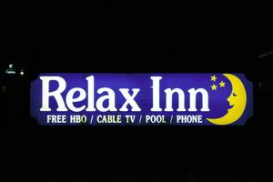 20130228234651-relax_inn