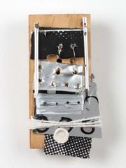 20130301175526-sally-baxter-wooden-phone-2012-05-375x500