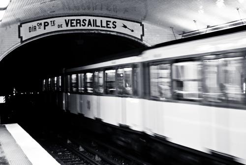 20130309033353-17_metro_station_notre-dame_de-lorette_d1-1024_033_final-