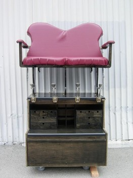 20130309162637-sweetheart-chair-375x500