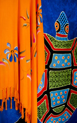 20130313051733-marielaprade_orangeshawl_photo_16x20