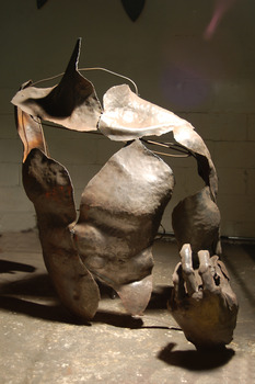 20130328132851-adrian_landon_metal_sculpture_human_figure1