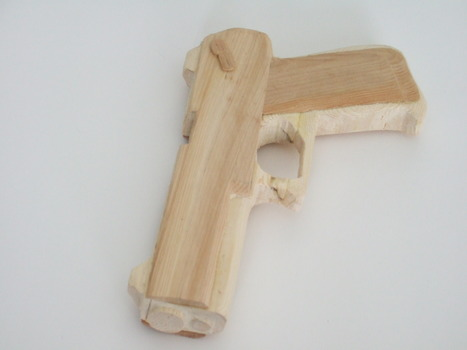 20130330012540-bd_owens_toy_swiss_army_knife_carving_2010