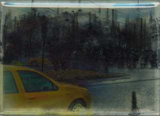 20130406122524-fragmentarische_herinneringen__gele_taxi__drukwerk_op_folie__oplage_gecomprimeerd_tot_1_exemplaar__epoxy__ca