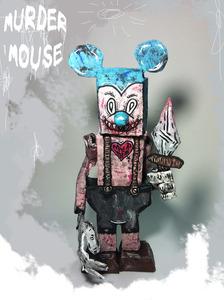 20130415154646-murder_mouse_sculpture_1