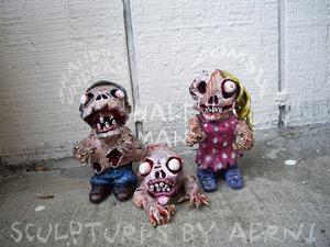 20130415155238-group_zombies_2013_aerni