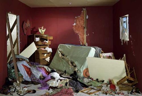 20130416064356-1_jw-destroyed_room_1978_lo-res_3