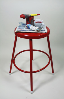 20130417172741-red_stool