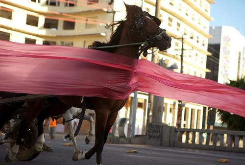 20130423175344-jonathas-de-andrade-the-uprising-photo-josivan-rodrigues-low-res-