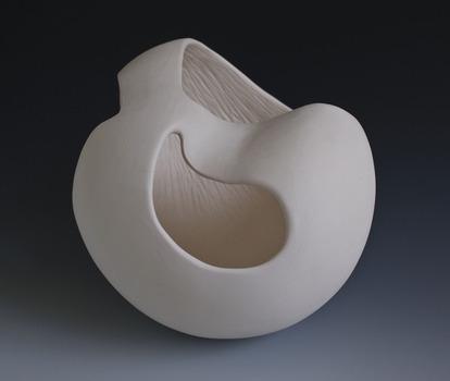 20130510113538-yang_katie_06_untitled_7x8x8_porcelain